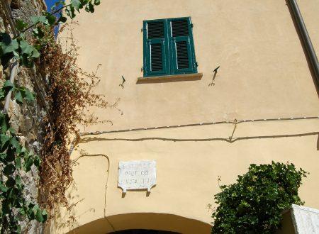 """Imperia, Porto Maurizio, centro storico del """"Parasio"""""""