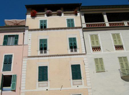 Dolceacqua (IM) – Piazza Padre G. Mauro