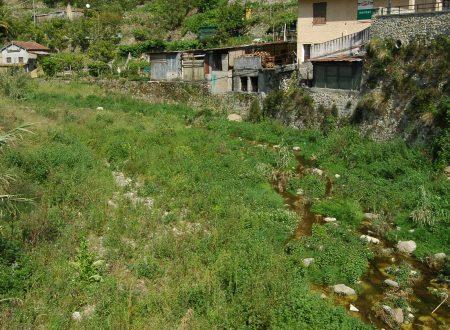 Vallecrosia (IM) – il torrente Verbone nei pressi del centro storico di Vallecrosia Alta