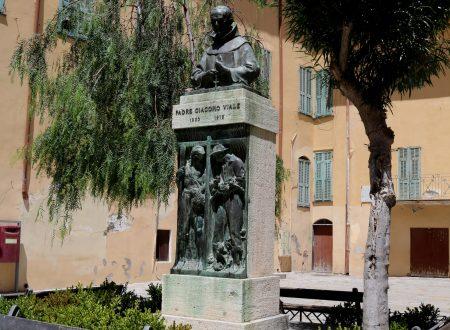 Bordighera (IM): Piazza Padre Giacomo Viale