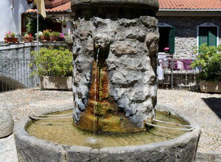 Pigna (IM): Piazza Santa Croce